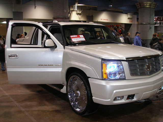 show car cadillac escalade ext