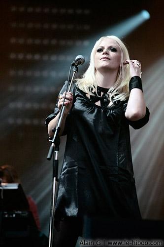 Photo de Craig Armtrong, Winona en concert à Rock En Seine 2007