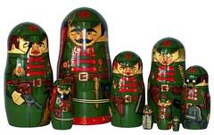Djerschinski (golli43) Tags: doll folkart russia carve babushka collecting matryoshka nestingdolls malerei nestingdoll matrjoschka russischevolkskunst holzdrechselei
