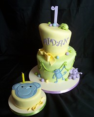 Fuller 1st Birthday (RebeccaSutterby) Tags: birthdaycake jungle whimsical monkeycake