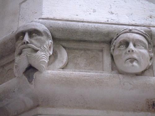 Szent Jakab Katedrális szobrai
