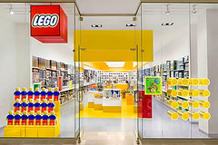 New Lego Store to open in NYC :D (Vengeance of Lego) Tags: new york city nyc store lego d grand opening opens