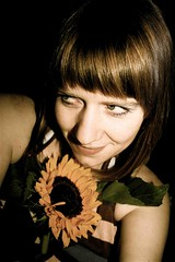 Sunflower Skvisa (LiseMac) Tags: drunk canon happy scotland glasgow lisa fringe latenight sunflowers stare gaze davaar earlymorn funnyangle skvisa dontrecognisemyself