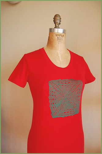square doily tee