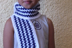 a jagged stripe scarf