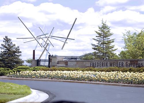 Frederik Meijer Gardens Entrance