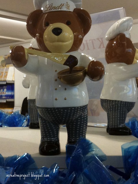 Teddy at Lindt factory