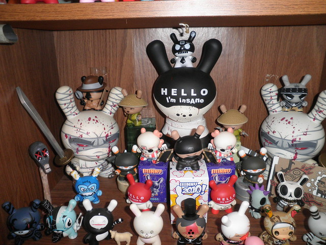 dunnys huck & friends shelf