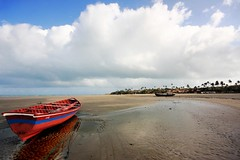 Barquinho na praia (eduhhz) Tags: gamewinner duetos pregamewinner ji0 jeri1