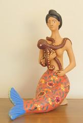 Sirena con pulpo (Teyacapan) Tags: ceramica art mexico folk artesanias mexican aguilar oaxaca octopus pottery mermaid ocotlan barro sirena pulpo