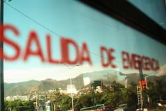 Salida de Emergencia (Esparta) Tags: mexico ventana cerro acapulco semaforo salida palmera guerrero emergencia mexico:state=guerrero mexico:estado=guerrero mexico:state=gro mexico:estado=gro