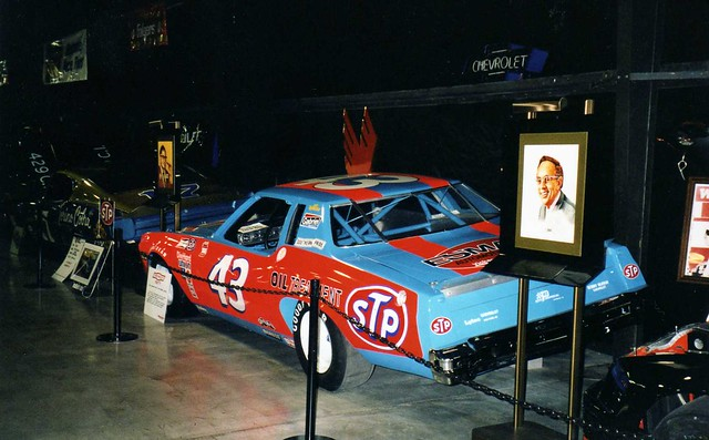 nascar stp stockcarracing richardpetty chevroletmontecarlo vintagestockcar