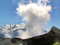 Vertical updraft at the Mont Blanc (Bn) Tags: travel vacation cloud holiday france mountains alps hiking atmosphere cumulus thermal flaine montblanc montebianco updraft 4808m supershot outstandingshots thermiek abigfave holidaysvacanzeurlaub wowiekozowie ishflickr flickrslegend highestmountaineurope topofeuropa verticaldraft thermiekbel thermalcolumn