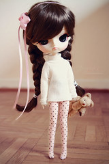 cozy autumn days ~ ( J a c k y) Tags: pink cute girl canon eos cozy doll lily teddy dal planning tiny groove braids jun lilian puki