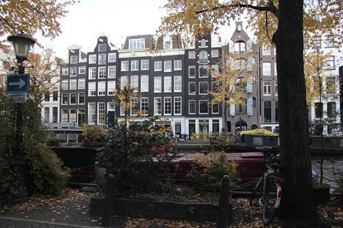 NL024