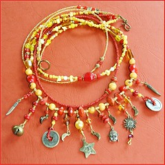 ZOMERZONDAG / SUMMER SUNDAY (Anne-Miek Bibbe) Tags: fashion necklace beads handmade buttons oneofakind nederland jewelry bijoux jewellery collar sieraad handwerk bisuteria kralen ketting sieraden collana handmadejewelry hechoamano uniek bibbe annemiekbibbe handmadebyannemiek halssieraad annemagicdesign