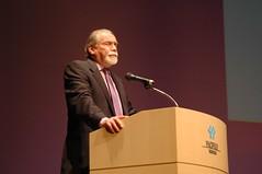 Robert J. Silverberg presents Best Novella