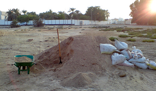 20 tonnes of sand need to be moved!