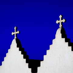 Steps upon steps to climb... and then still a cross at the top of it all... (Aster-oid) Tags: blue white steps churches crosses chapels greece mykonos ih excapture