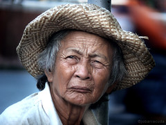 old woman in quiapo (jobarracuda) Tags: face hat lumix grandmother lola oldwoman vendor coolest strawhat quiapo theface fz50 opop panasoniclumix outstandingshots dmcfz50 photology superaplus aplusphoto jobarracuda
