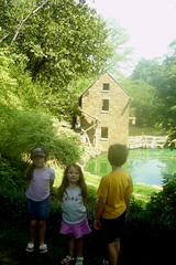 072107 Little Rock Big Kids Old Mill 2