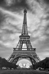 Eiffel Tower B&W (Peachhead (4,000,000 views!)) Tags: paris france eiffeltower latoureiffel