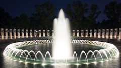 WWII Memorial Fountain (brents pix) Tags: world light 2 reflection water fountain pool night d50 flow dc washington nikon memorial war stream pix long exposure day bright 21 wwii great photographers explore ii brent lincoln dcist lit veteran veterans manfrotto brents expodisc greatphotographers nikonians 18200vr diamondclassphotographer flickrdiamond brentspix