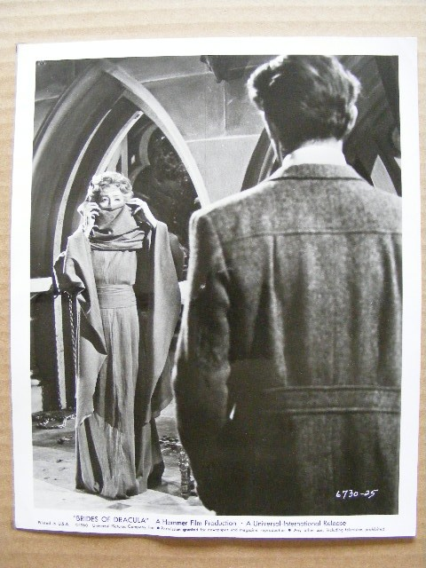 bridesofdracula_still