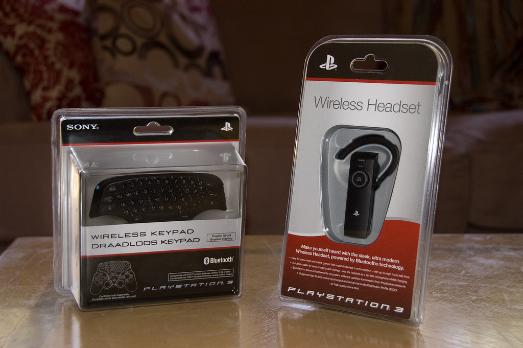 Sony Wireless Keypad & Headset