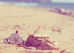 DSC08970_PARA LEONE (JESSENIA VLEZ BONILLAPHOTOGRAPHY) Tags: adolescente corona tone piedras cofre perlas minia chiquilla mitho leonevv tonela