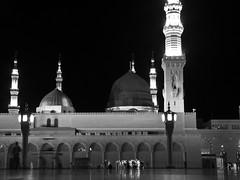 IMG_2598 (iaXoy) Tags: islam religion medina saudiarabia pilger 2009 pilgrimage sar pilgrim hajj medinah moslem 1430 arabien hac medine prophetsmosque haci mescidinebevi hadsch masjidnabawi iaxoy suudiarabistan ilhanaksoycom