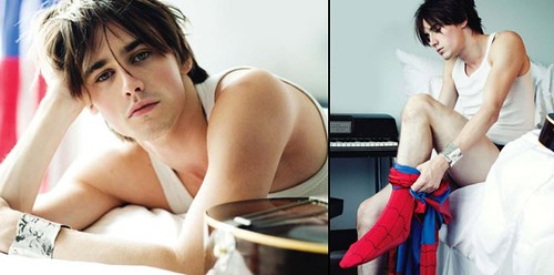 Reeve Carney brings his pretty to the stage in Spider Man.