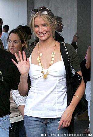 Cameron Diaz sexy Paris