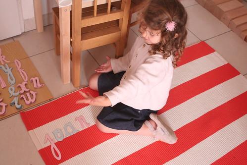 Montessori en famille, langage, écriture spontanée