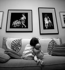 Galería (jaime m) Tags: lafotodelasemana gallery sofa violeta galería nofaces lfsganadormes aplusphoto ltytr1 faceoffwinner lfs062007 photofaceoffwinner jaimemonfort