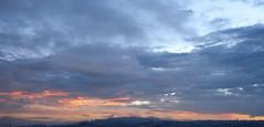Quito sunrise amanecer 6:00 am (José X) Tags: sky orange sunrise quito ecuador oneday amanecer cielo naranja 600am undia sonypicturepackage