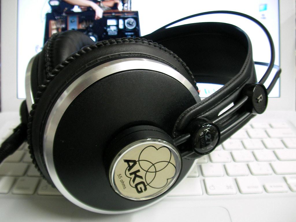 AKG K271 Studio