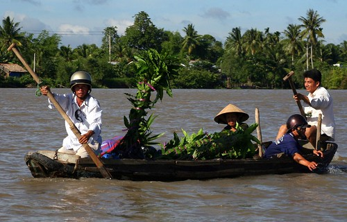 Heading home from the floating market