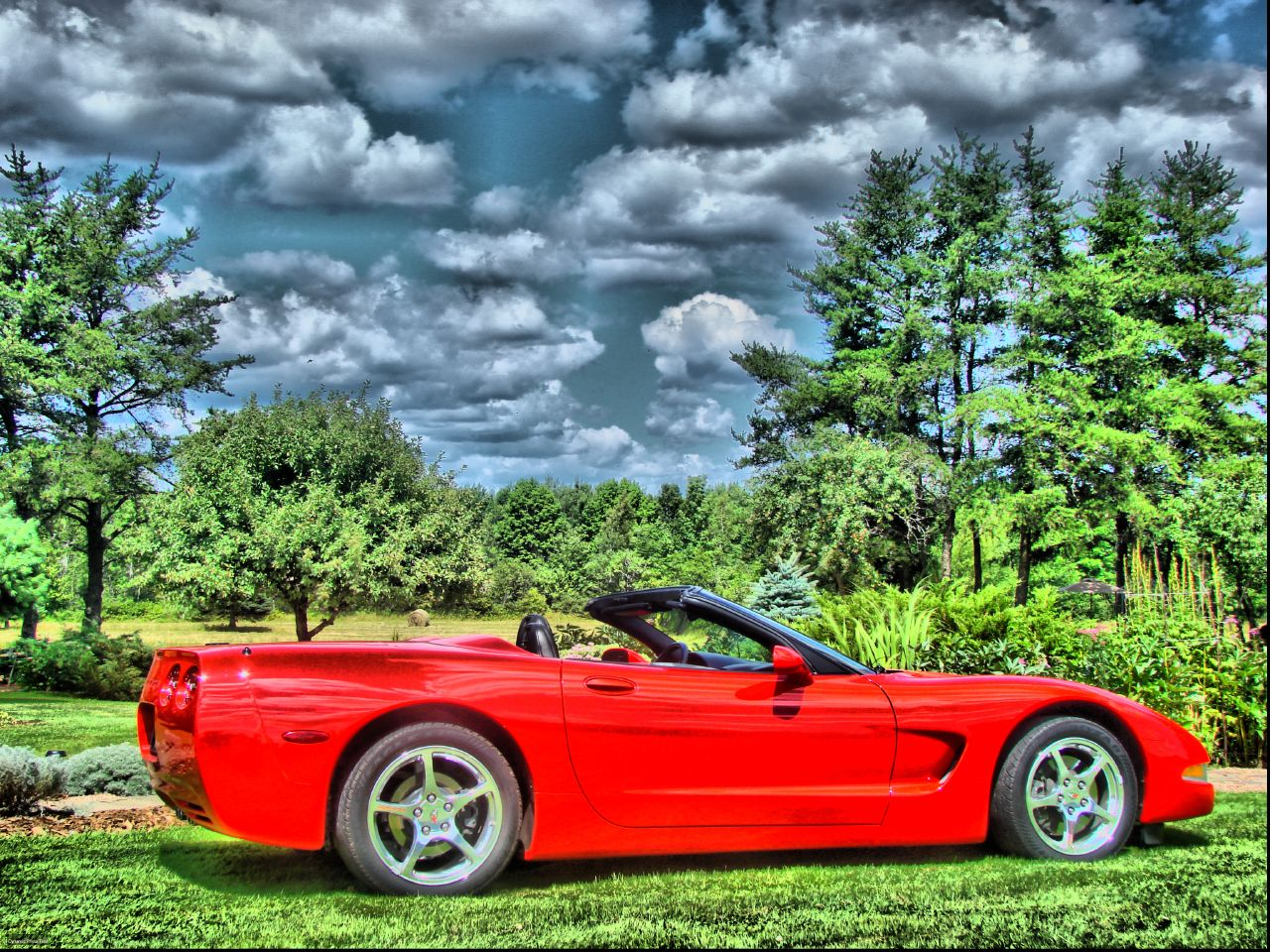 Kelly's 02 Convertible Corvette in HDR. go back