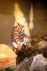 San Roque: sisal factory (Linda DV (back, catching up)) Tags: travel people southamerica geotagged handicraft ecuador 1987 culture scan clothes tribe ethnic minority canoscan sanroque tribo stam artesania otavalo handwerk slidescan ethnology tribu artisanat stamm 部落 trib tribù heimo geomapped stamme pokolenia minorité قبيلة minderheid 부족 lindadevolder племе plemena pokolení जनजाति 部族 триба