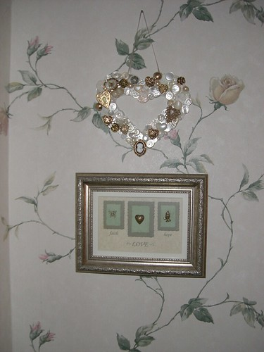 Heart button wreath and plaque