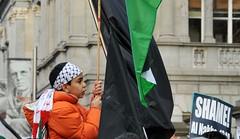 Gaza / Palestine Protest in Dublin (shaymurphy) Tags: ireland dublin israel war palestine protest demonstration v solidarity anti campaign palstina gaza palestinian ipsc occupation hamas fatah   palstina   irishantiwar gazy      iconosdetoto   gazassa palestiinan    gaz palestn   palestin duj palestinoje palestyny