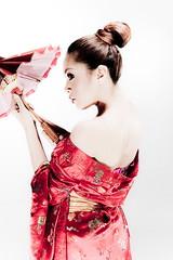 [フリー画像] 人物, 女性, アジア女性, 和服・着物:浴衣, 横顔, 傘, インドネシア人, 201011021500