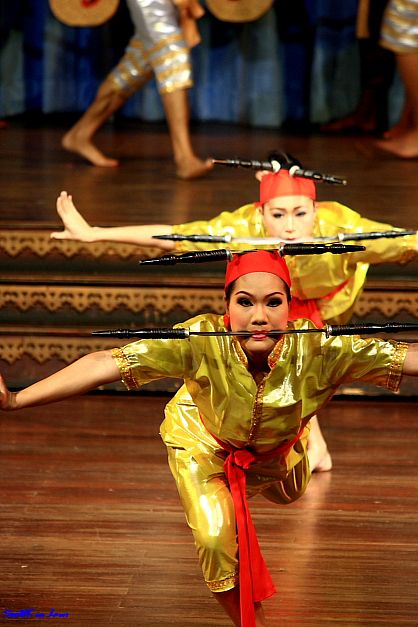 Performance @ Nong Nooch Tropical Garden, Pattaya Thailand