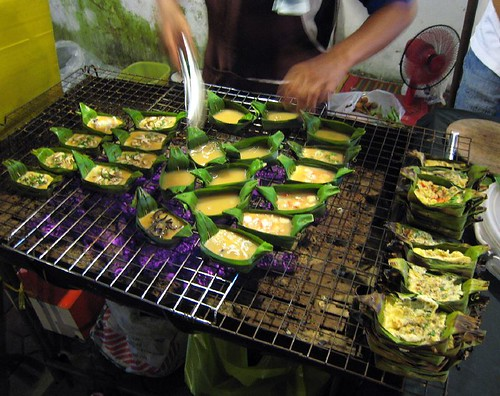 omelettes in banana leaves