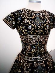 Vestido Bordado (catirebcn) Tags: mannequin dress vestido objeto maniqui embrodery bordado