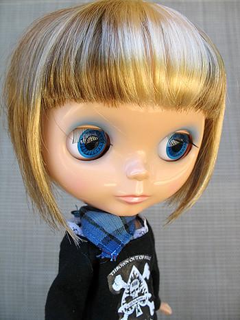 blythe short hair. custom