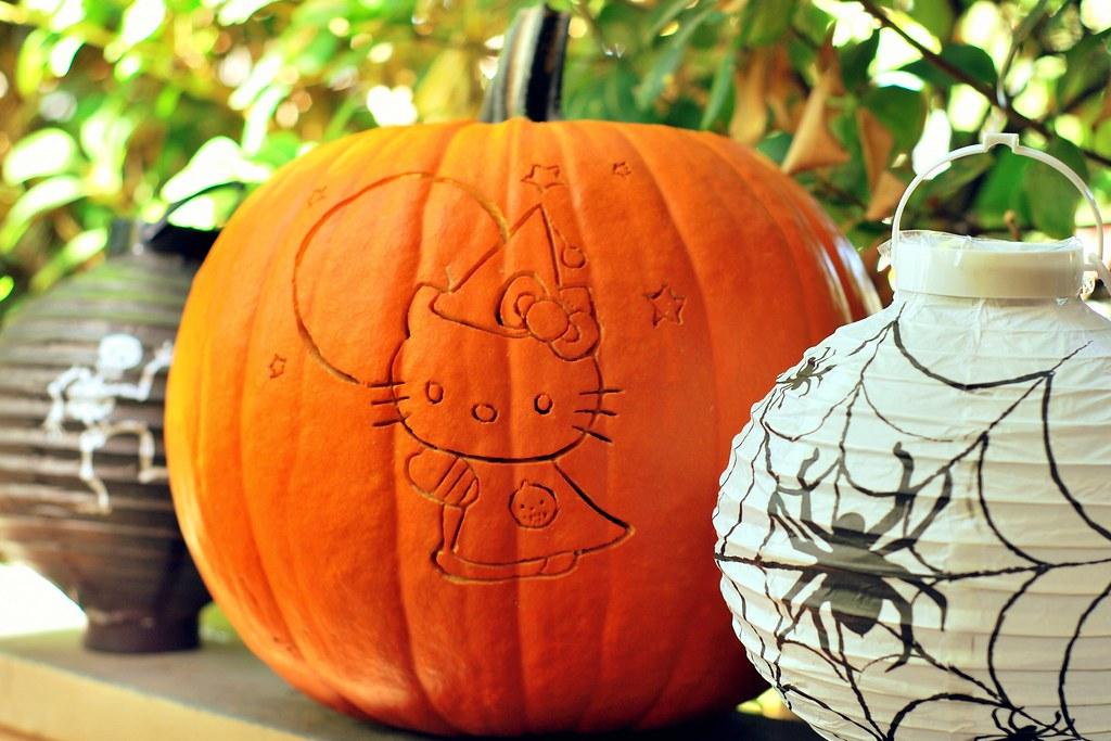 how to make hello kitty jack o lantern