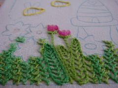 Terminando ltimo bloquinho (Fazendo arte com amor (Inger)) Tags: embroidery flor jardim bordado pontocheio pontoatrs pontodecasear