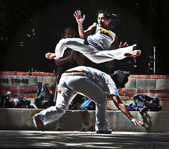 Capoera Jump - by Mocodragon